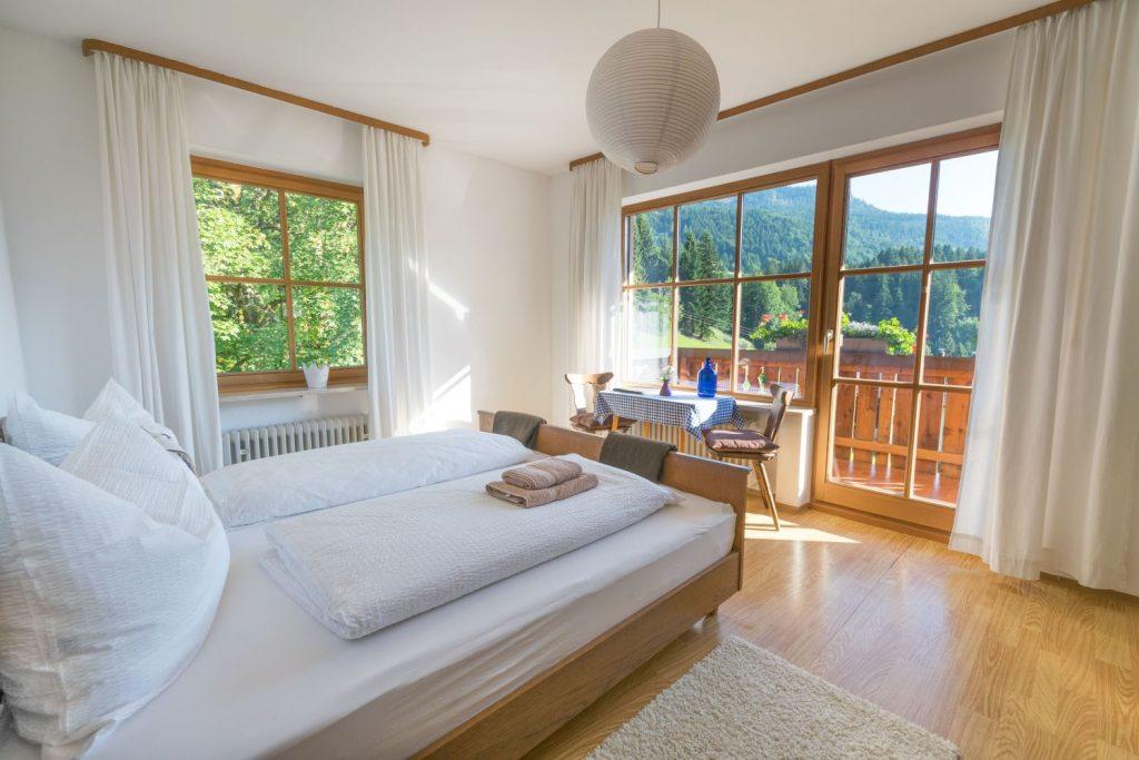 Zimmer mit Balkon Mountain Retreat Center